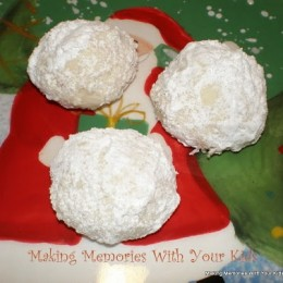 Russian Teacakes & 12 Weeks of Christmas Cookies