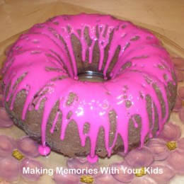 {Secret Recipe Club} Beautiful Beet Bundt Cake