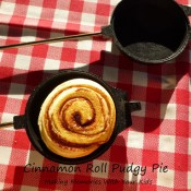 cinnamon roll pudgy pie