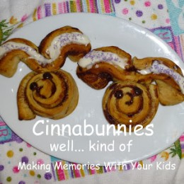 Cinnabunnies – Bunny Shaped Cinnamon Rolls
