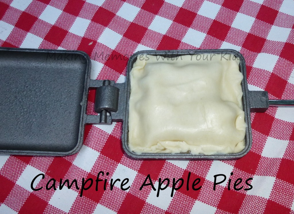campfire apple pies