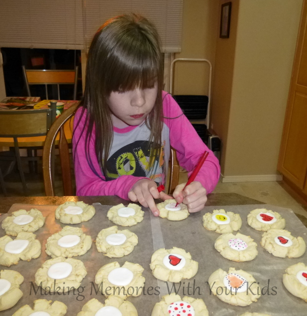 Decorating Sugar Cookies