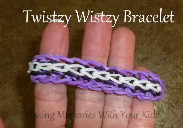 Twistzy Wistzy Loom Band Bracelet