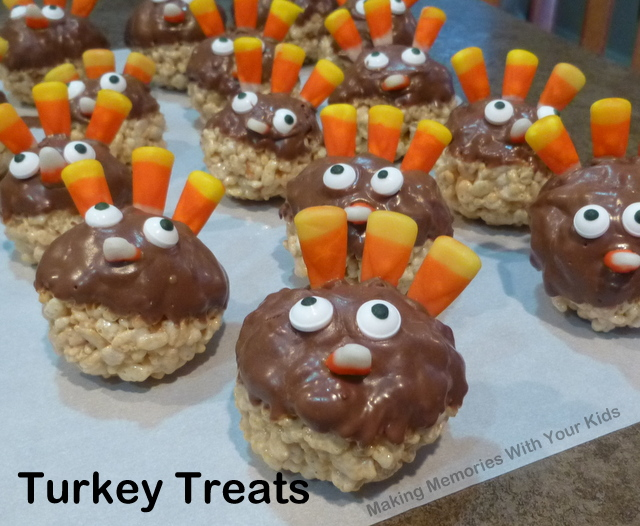 Turkey Treats for Thanksgiving  - Fun food for kids
