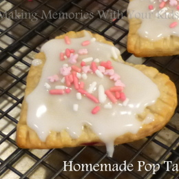 Homemade {Heart} Pop Tarts