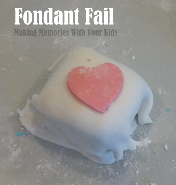 Marshmallow Fondant Fail - That's Not What It Looked Like on Pinterest