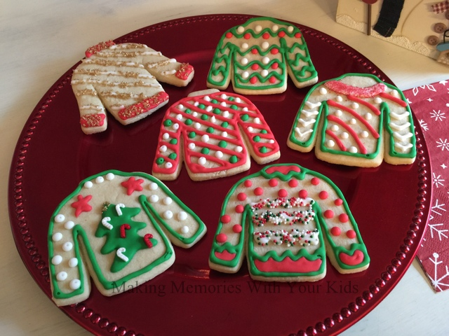 ugly christmas sweater decorated sugar cookies - How To Decorate A Ugly Christmas Sweater