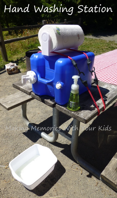 DIY Camping Hand Washing Station