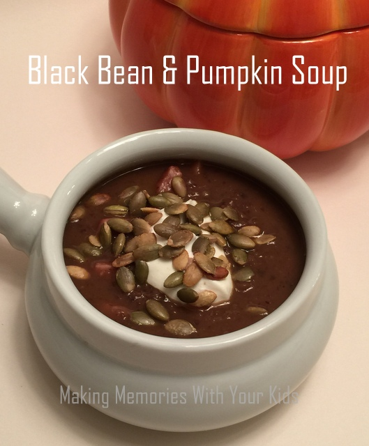 ... makingmemorieswithyourkids.com/2016/11/pumpkin-and-black-bean-soup